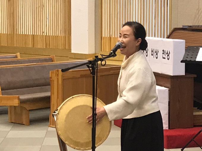 [크기변환]특별-강선숙권사.jpg